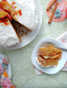 apple caramel cake with cinnamon frosting