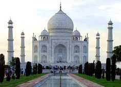writing prompts, camera lens, taj mahal, famous landmark, 15 famous