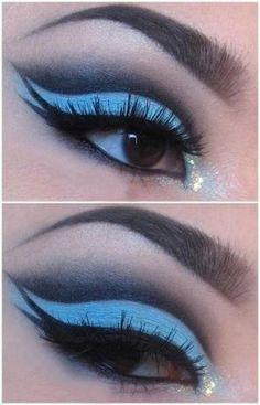 Gorgeous Blue Eye makeup #bright #vibrant #smokey #bold #eye #makeup #eyes