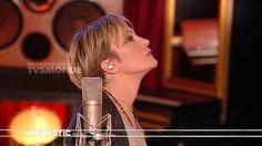 TV5MONDE : Acoustic - KAAS chante PIAF