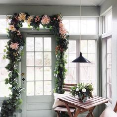 gorgeous garland for