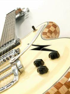 Guitar by Dagmar