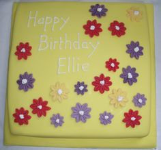 I like experimenting with clashing colours on pretty cakes