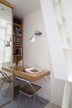 Un petit bureau bien aménagé. Plus de photos sur Côté Maison. http://petitlien.fr/7gcs