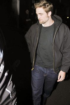 new/old candid of goatee Rob