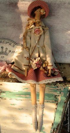 Куклы Тильды ручной работы. Ярмарка Мастеров - ручная работа кукла тильда ручной работы Барышня в пальто. Handmade.