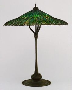 lotus leaf, art museum, patin bronz, tiffani studio, lead glass, favril lead, lamp, leaded glass, bronz mandarin