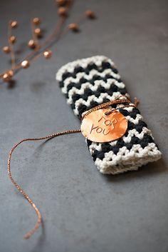 crochet chevron dish