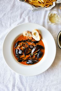 Mussels With Meyer Lemon, Fennel & Tomato Jam Broth