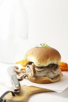 Inside and Out Mushroom Swiss Burger www.bellalimento.com @Paula - bell'alimento