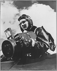 In Honor of Women In Aviation International's conference this week. Marine Sergeant Grace L. Wyman  practices aerial photography at the United States Marine Corps Air Station at Cherry Point in the southern U.S. state of North Carolina. Aerial photography is one of the many important jobs taken over by women Marines to free men for combat duty. 01/23/1945 #HappyInternationalWomensDay