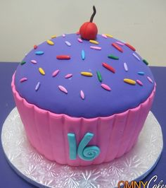 Awesome sweet 16 cake