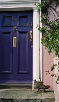 I really want a purple door!