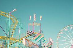 I love roller coasters so so so so so so much.