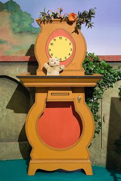 Daniel Striped Tiger's Clock