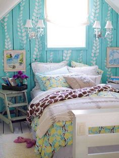 Photo zoom: Inspiring Blue Paint Turquoise Wall Color for Small Attic Bedroom Ideas