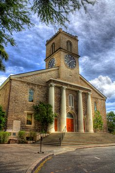Kawaiaha'o Church ~ Downtown Honolulu, built in 1842. Kawaiaha'o Church is sometimes called the Westminster Abbey of Hawai'i. #Honolulu #Hawaii #History