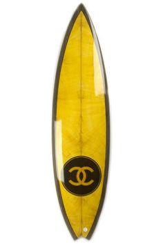 Tabla de surf de Chanel