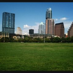 Stop by the beautiful Auditorium Shores for a show to experience the great outdoors of Texas! #sxsw texa