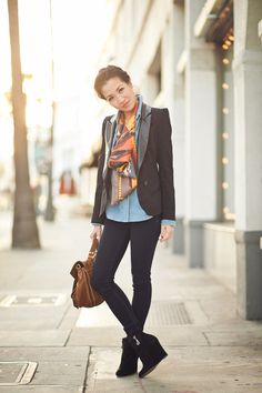 Wendy of Wendy's Lookbook pairs a structured blazer perfectly with a vintage scarf and undone button-up. #style #outfits #clothes #inspiration #fashion