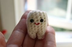 KnittingPony: Tiny Tooth Free Crochet Pattern