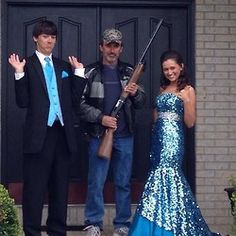 funny prom picture!