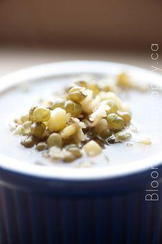Vietnamese Che Dau Xanh: Mung Bean Dessert Soup
