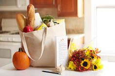 Thanksgiving Timeline & Shopping List  Informational