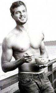 Eric Dane aka McSteamy... aka Dr. Mark Sloan. Thank you Grey's Anatomy :)