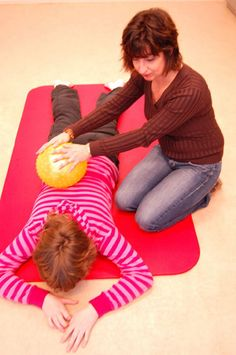 Massage with different materials: when touch is irritating: tactile defensiveness