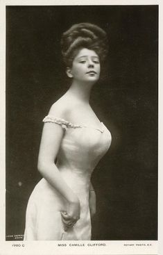 The Gibson Girl-The Gibson Girl was the personification of the feminine ideal of beauty portrayed by the satirical pen-and-ink illustrations of illustrator Charles Dana Gibson
