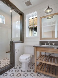 vaniti, floor, small bathroom designs, shower doors, beach hous, tile, bathroom idea, small bathrooms, sink