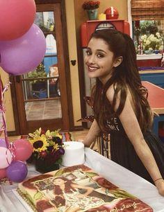 Ariana Grande on sam and cat