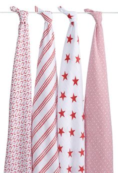 We love @adenandanais' new collection of swaddle blankets benefiting (RED)! #babygear