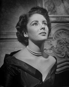 Elizabeth Taylor in 1947, age 15.