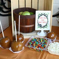 How to Setup a Caramel Apple Bar