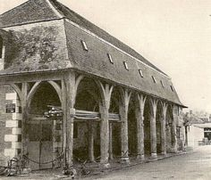 Halle des Cardeaux / France --Courtesy jimmcneill.files.wordpress.com #ThrowbackThursday #Timber #Architecture