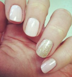 Nude and gold sparkle nails :)