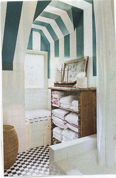 striped ceiling bath with beadboard