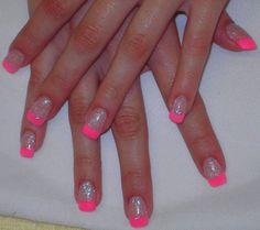 Neon Pink Glitter Acrylic Tips