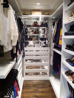 i want this closet.