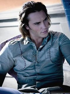 Taylor Kitsch, um... yes please!