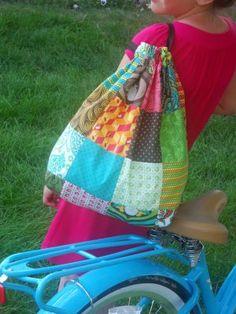 Moda bake shop: charming drawstring beach bag