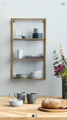 Brass shelves Soster