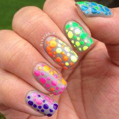 Rainbow color purple pink yellow orange green blue dots dotting #nails DIY NAIL ART DESIGNS