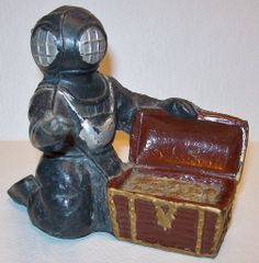 Scuba and deep sea divers on pinterest deep sea diver for Aquarium scuba diver decoration
