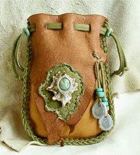 circles, style, protect medicin, medicin bag, creat, craft idea, medicine bags, medicines, leather bags
