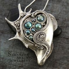 Turquoise Freshwater Pearl Spider Conch Necklace by Samantha_Braund, via Flickr http://www.samanthabraundjewellery.com/