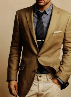 Perfectly flung-together casual/smart style.