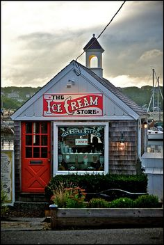 The Ice Cream Store, Rockport, MA